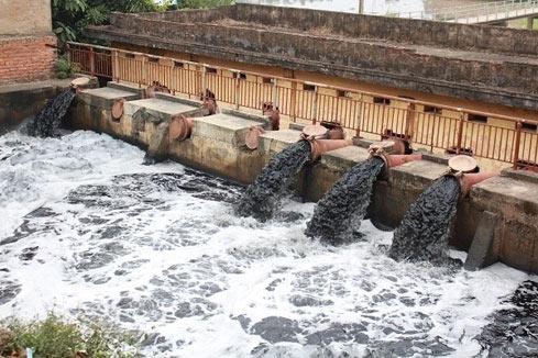 Ô nhiễm nước do các khu công nghiệp