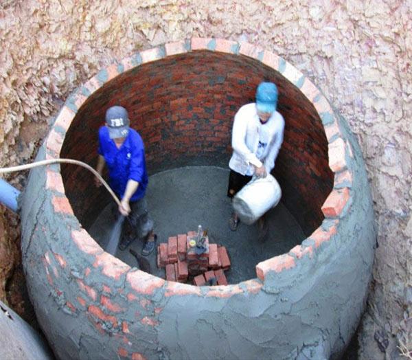 Xây thành cho hầm Biogas