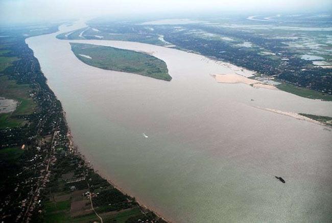 Tài nguyên nước mặt tại Việt Nam